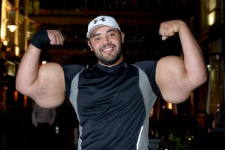 Moustafa Ismail_World's Largest Biceps (10)